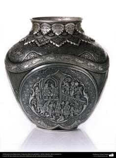 Arte islamica-Ghalamzani (Goffrare i metalli) - Vaso goffrato d'argento-Maestro Reza Ghaderan-178