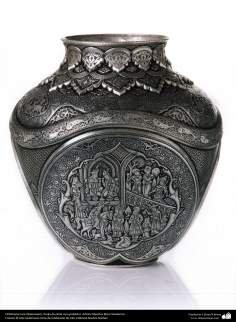 Ourivesaria iraniana (Qalamzani), Vaso de prata com gravura. Artista: Mestre Reza Ghaderran - 178