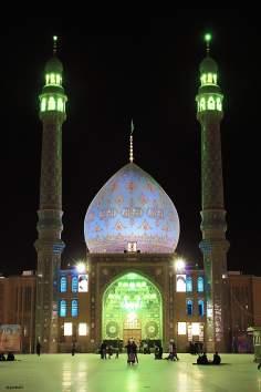 Linda imagem da mesquita de Jankaran, perto de Qom, Irã