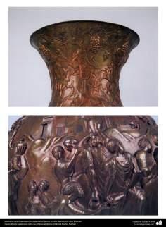 Orfebrería iraní (Qalamzani), Detalles de un jarrón -60