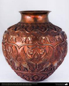 Iranian art (Qalamzani), Carved jug with gold and silver -79
