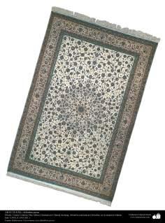 اسلامی فن - شہر اصفہان سے متعلق ہاتھ سے بنی ہوئی ایرانی قالین - سن ۱۹۵۱ء