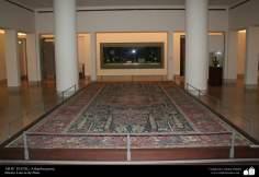 هنر اسلامی - صنایع دستی - هنر نساجی قالی - فرش فارسی موجود در موزه لوور در پاریس