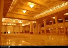 Arquitectura Islámica- Salón de la oración - Santuario de Fátima Masuma en la ciudad santa de Qom, Irán (123)