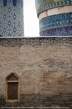 "اسلامی معماری - شہر مشہد میں ""۷۲ شہید"" نام کی پرانی جامع مسجد کا ایک منظر، ایران - ۵۸"
