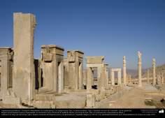 """المعماریة ما قبل الإسلام - الفن الفارسي - برسيبوليس أو بارس أو تخت جمشيد أو """"عرش جمشيد"""" فی القرب شيراز - 39"""