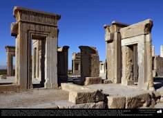 Arquitectura Preislámica - Persépolis, o Pars o Tajt-e Yamshid «el trono de Yamshid», cerca de Shiraz - 13