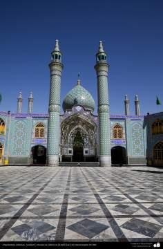 Arquitectura islámica, Azulejos y mosaicos islámicos (Kashi Kari) en una mezquita en Irán - 69