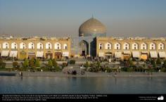 Architecture islamique, une vue de la mosquée Lotfollah en forme carré dans la ville d'Isphahan - 10