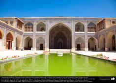 معماری اسلامی - نمایی از مسجد نصیر الملک در شیراز 1888 - ایران - 11