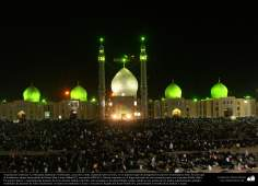 イスラム建築(コム市におけるジャムキャランモスクの大きな庭とドーム)-129