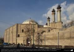 Architecture islamique, une vue de la mosquée Sepahsalar, plus connue sous le nom de Mosquée Ayatollah Motahari, Téhéran, Iran - 233
