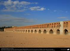 Islamic Arquitecture - (bridge of the 33 arches) in Isfahan - 40