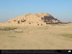 المعماریة ما قبل الإسلام - الفن الفارسي - خوزستان - جغازنبیل - بناء المرکب العيلامي، التي بنيت عام 1250 قبل الميلاد - 29