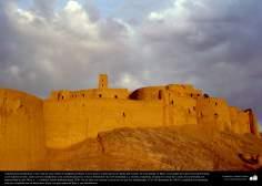 イスラム前の建築(ケルマーン州におけるアルゲ・バム(バム城塞)-これは、紀元前500年に建築された城塞で、世界的に最大の日干しの建物である) - 27