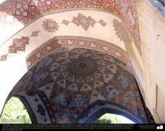 Arte islámico – Azulejos y mosaicos islámicos (Kashi Kari) realizados en paredes, techos, cúpulas, minaretes de las mezquitas - 41