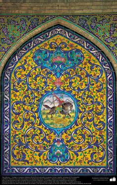 معماری اسلامی - نمایی از کاشی های استفاده شده در دیوارها، سقف ، گنبد، مناره برای دکوراسیون مساجد و ساختمان ها در جهان اسلام  - 38