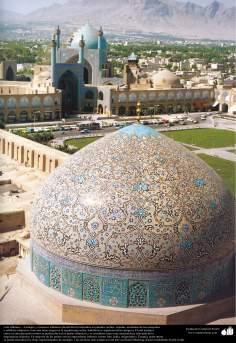 Arte islámico – Azulejos y mosaicos islámicos (Kashi Kari) realizados en paredes, techos, cúpulas, minaretes de las mezquitas - 35