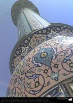 Arte islámico –Azulejos y mosaicos islámicos (Kashi Kari) realizados en paredes, techos, cúpulas, minaretes de las mezquitas - 21