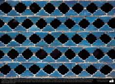 Islamic Art – Mosaic and islamic tiles (Kashi Kari) - 87