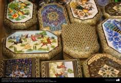 اسلامی ہنر - فن خاتم کاری سے ہاتھ سے سجایا ہوا باکس (ایک قسم کا مرصع جڑنا) ، ایران - ۱