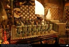 Persische Kunsthandwerke - Schachspiel, Brett aus Jatam Kari, geformte Stücke - 47 - Kunsthandwerk - Einlegearbeit und Dekoration von Objekten (Jatam Kari)