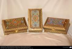 Art Islamique - Artisanat - Khatam kari  -La boîte décorée-Avec la peinture