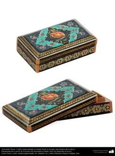 الفن الإسلامي - الحرف اليدوية الإسلامية - فن الخاتم على الخشب (خاتم كاري) – تزیین الاجسام - صندوق المزخرفة - 7