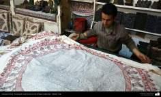Artesanato Persa - Estampado tradicional em tecido (Chape Qalamkar) Isfahan, Irã - 8