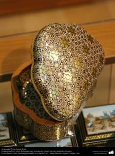 Artesanato Persa - varios formatos de caixinhas - Khatam Kari (marchetaria e Ornamentação de objetos)