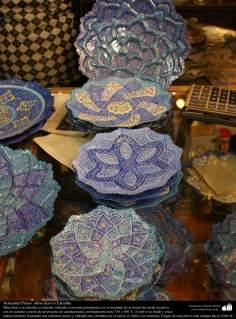 الفن الإسلامي - الحرف اليدوية الإسلامية - عمل فني المينا - اجسام المزخرفة - 16