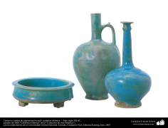Cántaro y vasijas de pigmentación azul- cerámica islámica –  Irán- siglo XII dC.