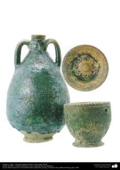 هنر اسلامی - سفال وسرامیک اسلامی - پارچ و کاسه که در قدیم به عنوان لیوان استفاده می شده - قرن هفتم .