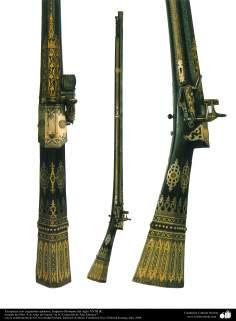 Gli antichi attrezzi bellici e decorativi-Il fucile decorato raffinatamente-Impero ottomano-XVIII secolo d.C