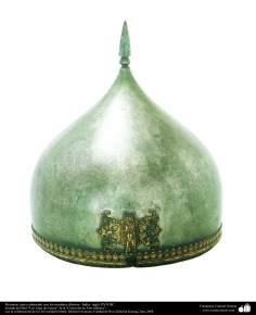 أدوات قديمة من الحرب ودیکور - خوذة ومكافحة مع اسم الله - الهند في القرن السابع عشر الميلادي