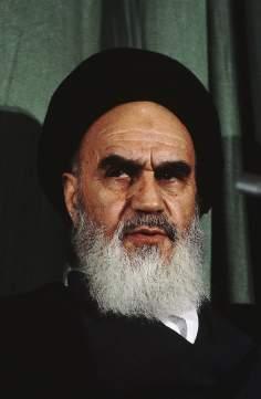 Imam Khomeini, o turbante negro é indicação de sua descendência vinda do Profeta do islã