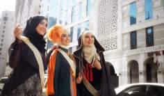 Jóvenes musulmanas modelos de ropa islámica