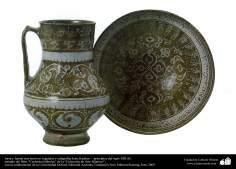 Jarra e vasilha com caligrafia e desenhos com tema vegetal, Kashan, Irã –  principio do século XIII d.C (3)