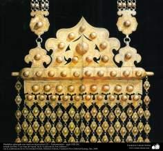وسایل کهن جنگی و تزئینی - مدال تزئین شده با نقوش - ترکمنستان - قرن نوزدهم