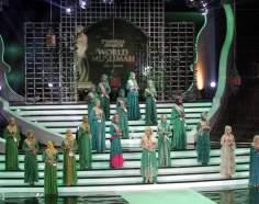 Mujer musulmana de Indonesia- desfile de moda (Miss World Muslimah 2013) - 2