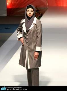 Mujer musulmana y desfile de moda - 16