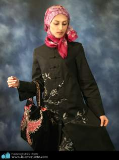 Mujer musulmana y desfile de moda - 23