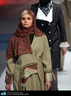 Mujer musulmana y desfile de moda - 32