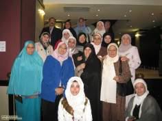 مسلمان خواتین اور معاشرہ - مختلف ملکوں کی خواتین اپنے اسلامی حجاب میں - ۲۱