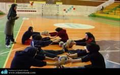 ورزش و زنان مسلمان - تمرین والیبال زنان مسلمان - 100