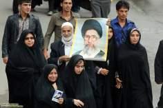 Femmes musulmanes dans leur activités sociale acoonmpagnées de leurs familles -35