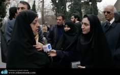 Ex vice presidenta do Irã. A mulher muçulmana e a politica - 6