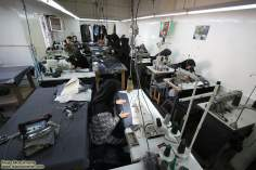 Mujer musulmana y taller del trabajo - 158