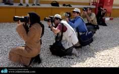 ヒジャーブをつけるイスラム教の女性 - 撮影などのさまざまな社会活動 - 53