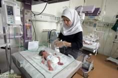 イスラム教の女性の仕事(イスラム教の女性医師、新生児のケア)